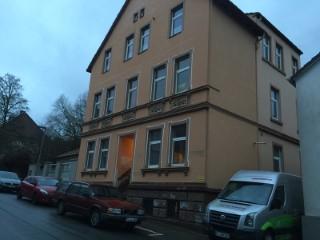 Mehrfamilienhaus mit Isofloc Pearl WLG-033 gedämmt