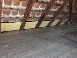 Vorbereitung der Dachfelder für eine Zellulose-Dämmung