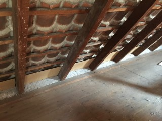 Fertigstellung der gedämmten Dachschrägen